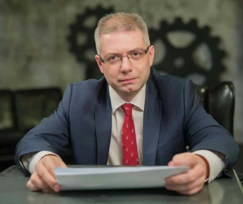 Dmitry R